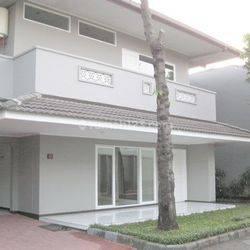 Rumah Kemang jln Kemang Utara uk452m2 Best Price at Jakarta Selatan