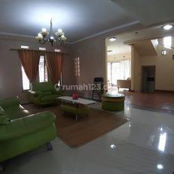 Rumah tinggal furnished di gegerkalong