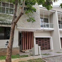 Rumah sudah Renovasi di Kebayoran Residence Bintaro 7