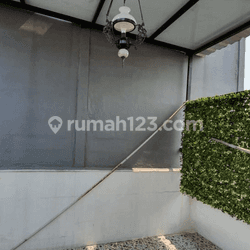 Rumah Murah, Cantik & Rapi 1 1/2 Lantai Siap Huni Di Pakujaya