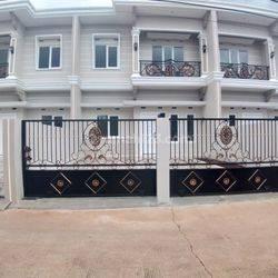 Siap Huni Rumah Mewah di Pondok Gede