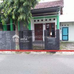Rumah Dekat Alun-Alun Selatan Yogyakarta