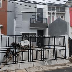 Rumah hadap timur dalam komplek Harga murah Nego di pondok aren bintaro