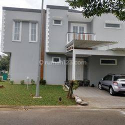 Rumah cantik siap huni di Caspia BSD City Tangerang