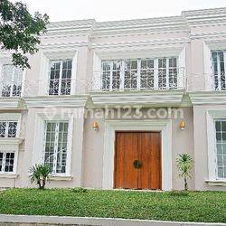 Modern house in Vassa Lake Lippo, a luxury complex in Cikarang, Bekasi