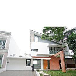 Rumah Bagus Vassa Lake Lippo Cluster Mewah di Cikarang Bekasi
