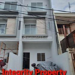 IP2231: Rumah Baru Lokasi Bagus Duri Kepa