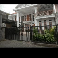 Rumah siap huni dekat Pemda Bandung