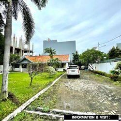 RUMAH LUAS at Jl PATAL SENAYAN, JAKSEL (HITUNG TANAH)