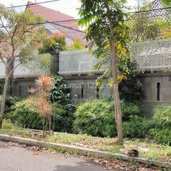 Rumah Lux Tengah Kota dekat TSM di Jalan Windu Bandung