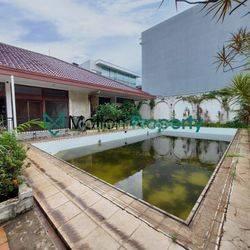 Rumah Asri 1Lt di Patra Kuningan, Hitung Tanah, SHM, Premium Area, Harga Nego
