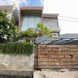 Jakarta Barat Rumah bagus 3lantai split level duri kepa(DK61)
