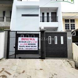 Flash Deal! Rumah 2  1/2 Lt Muara Karang Fully Furnish Rapi Nyaman Siap Huni