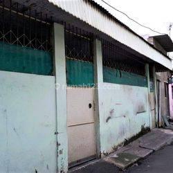 Rumah di Pinangsia, strategis *0013-JAH*