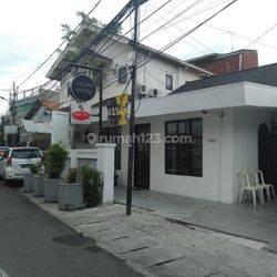 Rumah sekaligus tempat usaha di Cikini