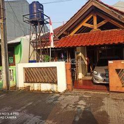 Jakarta Barat Rumah Second masuk mobil di meruya kembangan(MR03)