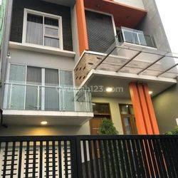 Jakarta Barat Rumah Minimalis Furnish Di Puri (pr03)