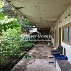 DEKAT ITB! Rumah Lama Luas Cocok Untuk Kost Di Bandung Sayap Dago Ciungwanara