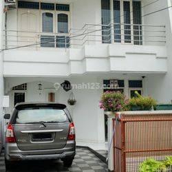 Jakarta Barat Rumah bagus siap huni dan strategis di green garden(GG21)