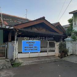 Jakarta Barat Rumah tua di puri harga murah dan strategis(pr10)
