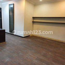Office space for rent in Senopati area the Price can be negotiable