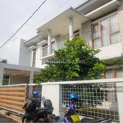 Rumah Mewah Full Furnished Siap Huni Di Jalan Katamso, Supratman, Bangunan Baru
