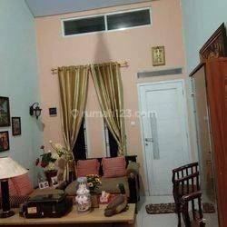 Rumah siap huni di Parigi Baru, kec Pd Aren, Tangerang Selatan