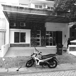 Rumah Semi Furnished Siap Huni di Komplek PerumahanGreen Mansion Jakarta Barat