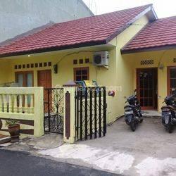 (GA15221-HR) Rumah dalam komplek 2KT di Meruya