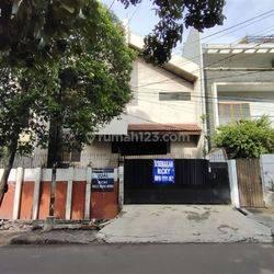 Rumah daerah Tomang(RR)