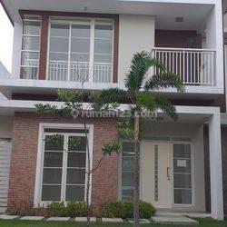 Dikontrakan Rumah Masuk Kawasan Kota Baru Parahyangan, Bandung