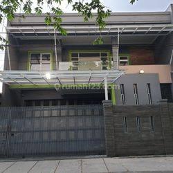 Rumah Bagus Komplek Muara Pusat Kota Harga Nego