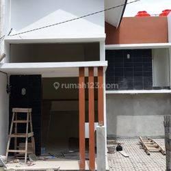 Siap huni harga MURAH 2 lantai di Jatihandap Bandung