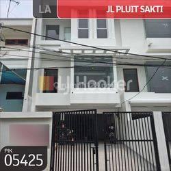 Rumah Pluit Sakti, Pluit, Jakarta Utara