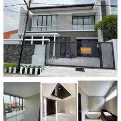 Rumah Baru Gress Minimalis Manyar Tirtoyoso Surabaya