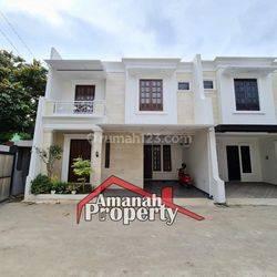 Rumah Design Premium Semi Furnish Dekat Tol Bambu Apus Cipayung Jakarta Timur