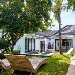Tropical Luxury Living Close to The Beach in Jimbaran