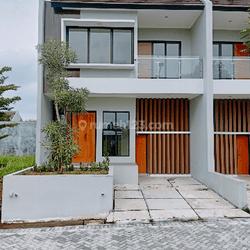 Rumah cantik cluster nempel stasiun pondok Ranji ,gerbang tol veteran tanah kusir ,mal pondok indah,MRT Lebak bulus