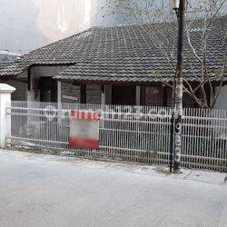 Rumah Tua Hitung Tanah Lokasi Startegis 120m2(TR03)