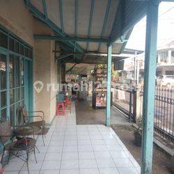 Rumah di jalan utama Margahayu Raya Dekat Metro Mall untuk kantor aau Ruko cocok.