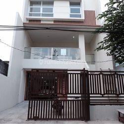Rumah Baru Cantik di Jl Menteng Wadas Jakarta Selatan