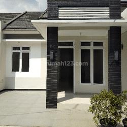 Rumah Cantik Modern Siap Huni