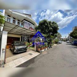 Rumah Lux di Ahmad Yani Bandung