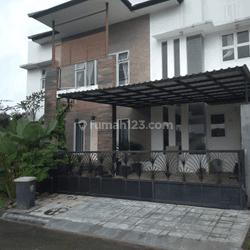 rumah minimalis furnished harian tahunan lokasi strategis besh view gunung Sentul city