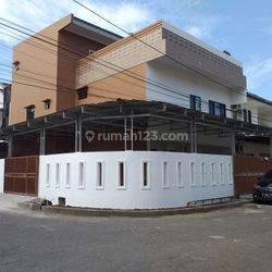 rumah tinggal di villa pasar baru