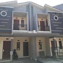 Rumah Baru Design Modern Dekat Tol Kawasan Cibubur (HARGA MURAH LOKASI STRATEGIS)
