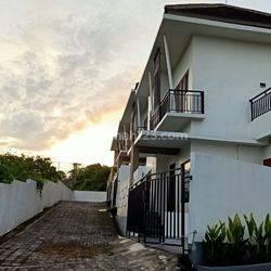 Rumah Modern Minimalis di Pondok Indah Denpasar Dekat Gatot Subroto