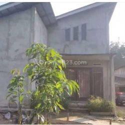 Rumah siap huni dengan luas tanahnya strategis di kotabaru Jambi