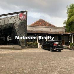 Rumah Sangat Cocok Untuk Usaha Apa Saja/ Kantor - Lokasi Pusat Kota Bandung