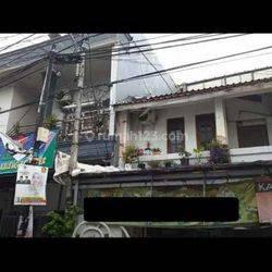 Rumah Hoek, 2.5 lantai, Bebas Banjir di Bungur Besar, 1.6 nego tipis!